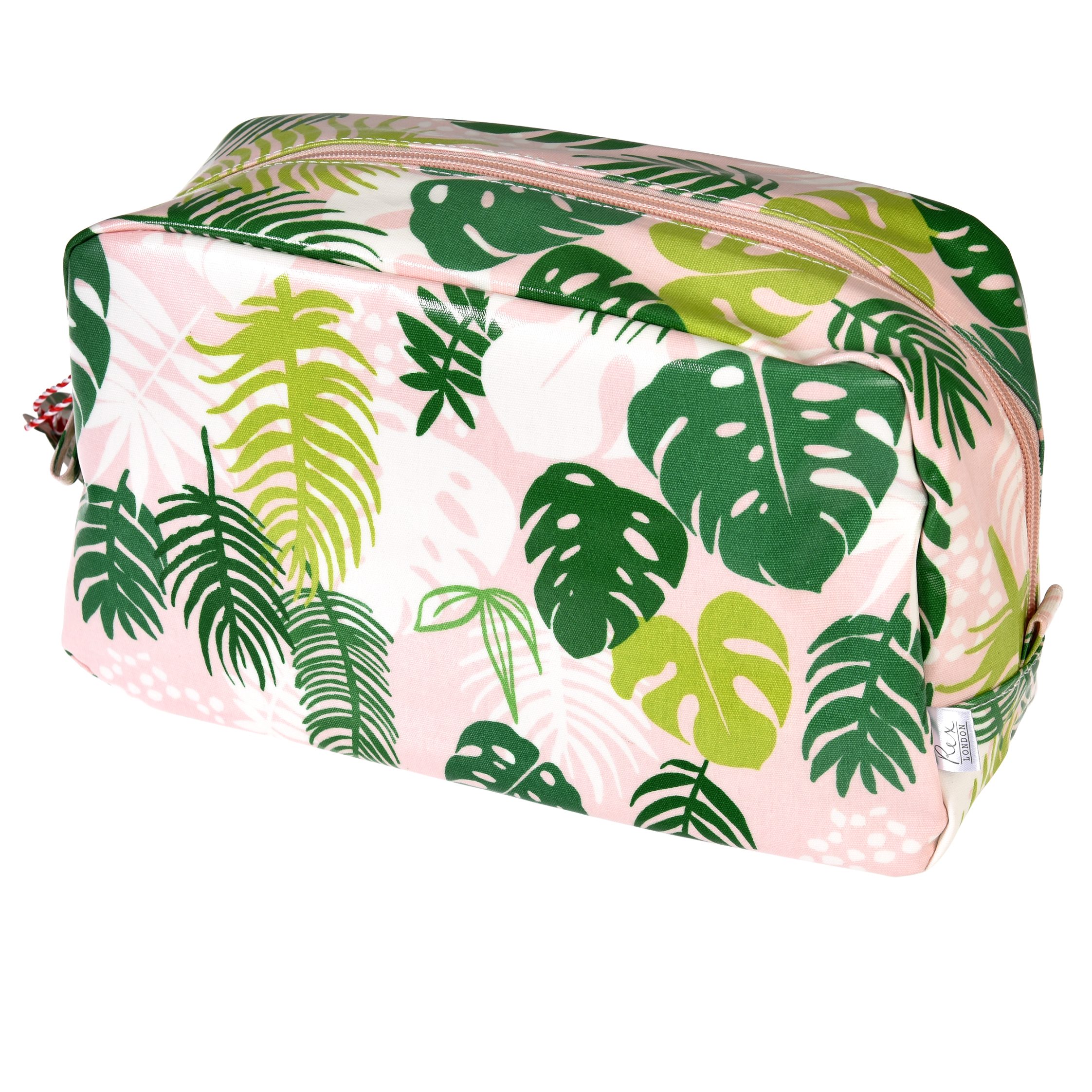 Wash bag palm leaf