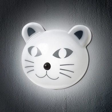 Light kat with motion sensor