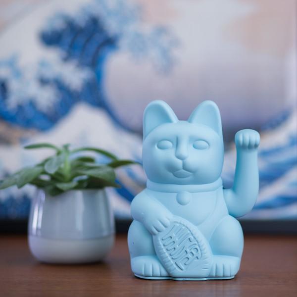 Lucky cat blue