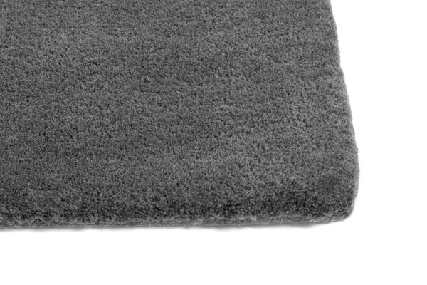 Raw Rug NO2 80 x 200 cm Dark grey