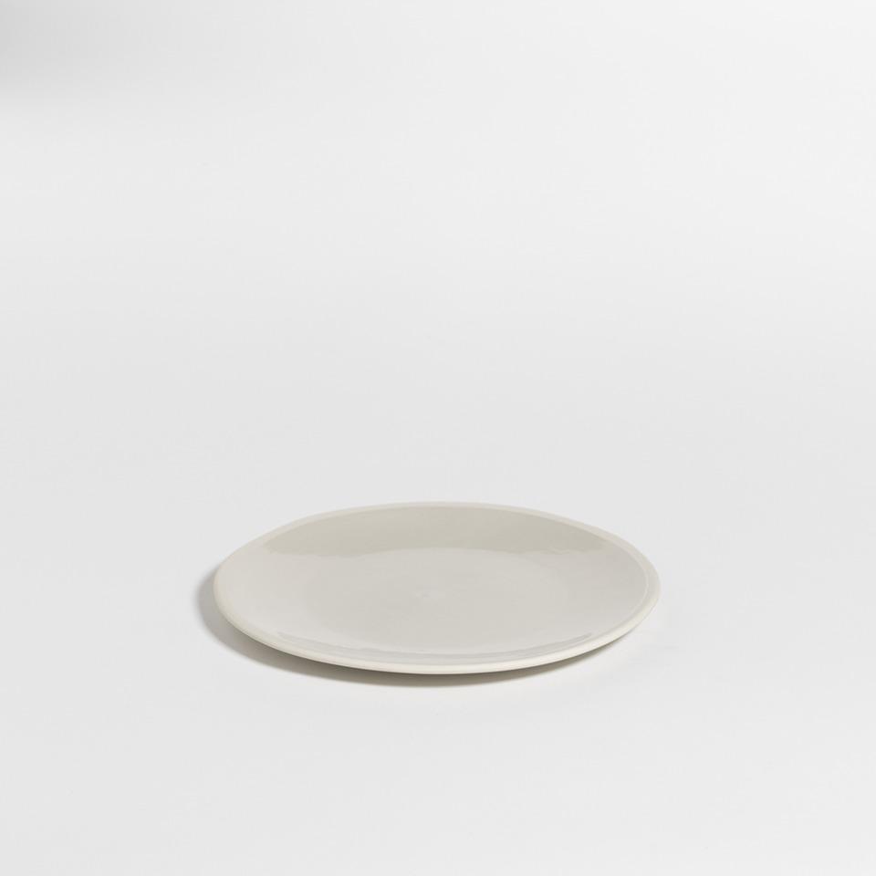 atelier - small plate mushroom