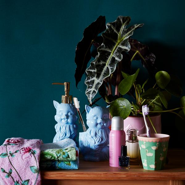 Ceramic cat soap dispenser blue