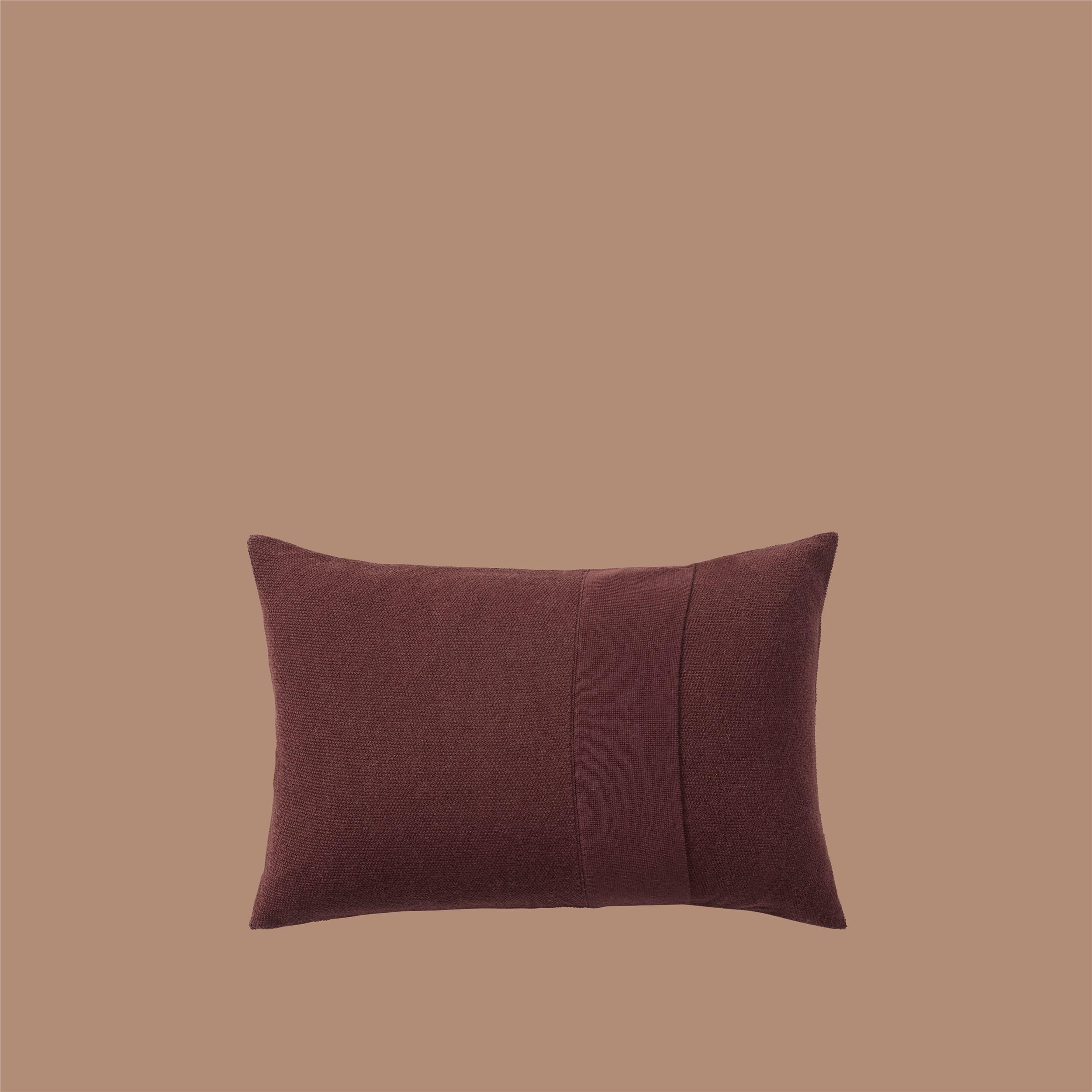 Layer Cushion 40x60 burgundy
